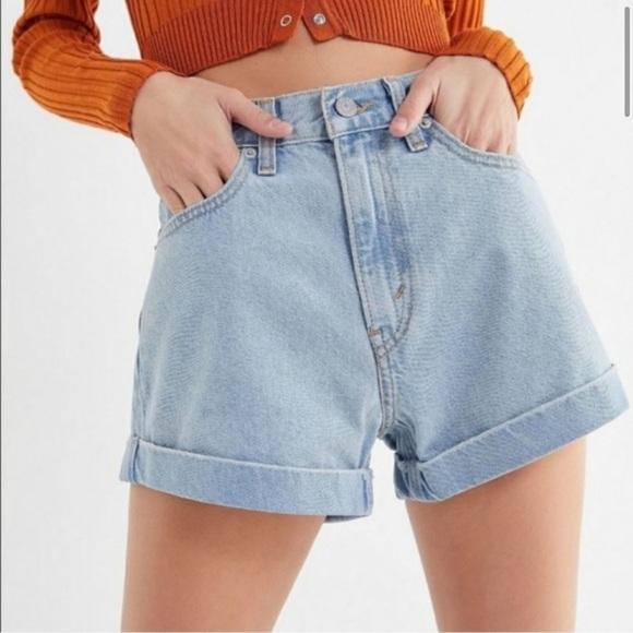 NWOT- Levi's Denim High Waisted Mom Shorts
